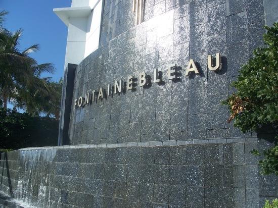 Miami_Beach_FL_Fontainebleau_name01